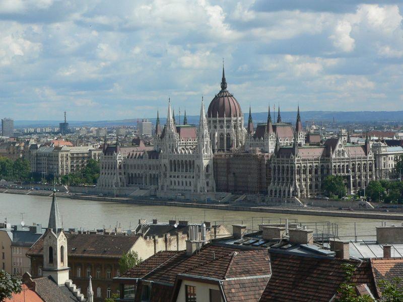 1%D0%B2%D0%B5%D0%BD%D0%B3%D1%80%D0%B8%D1%8F Венгерские СМИ протестуют по поводу изменений в законодательстве касательно СМИ