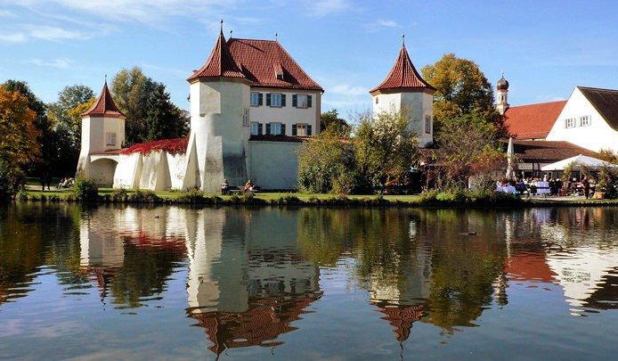 Бывший королевский охотничий замок Блютенбург