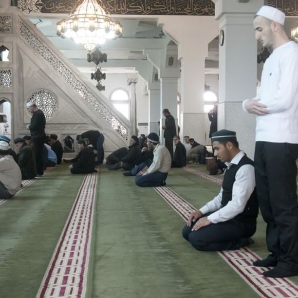 mazhab-abu-hanifa-oralniy-seks
