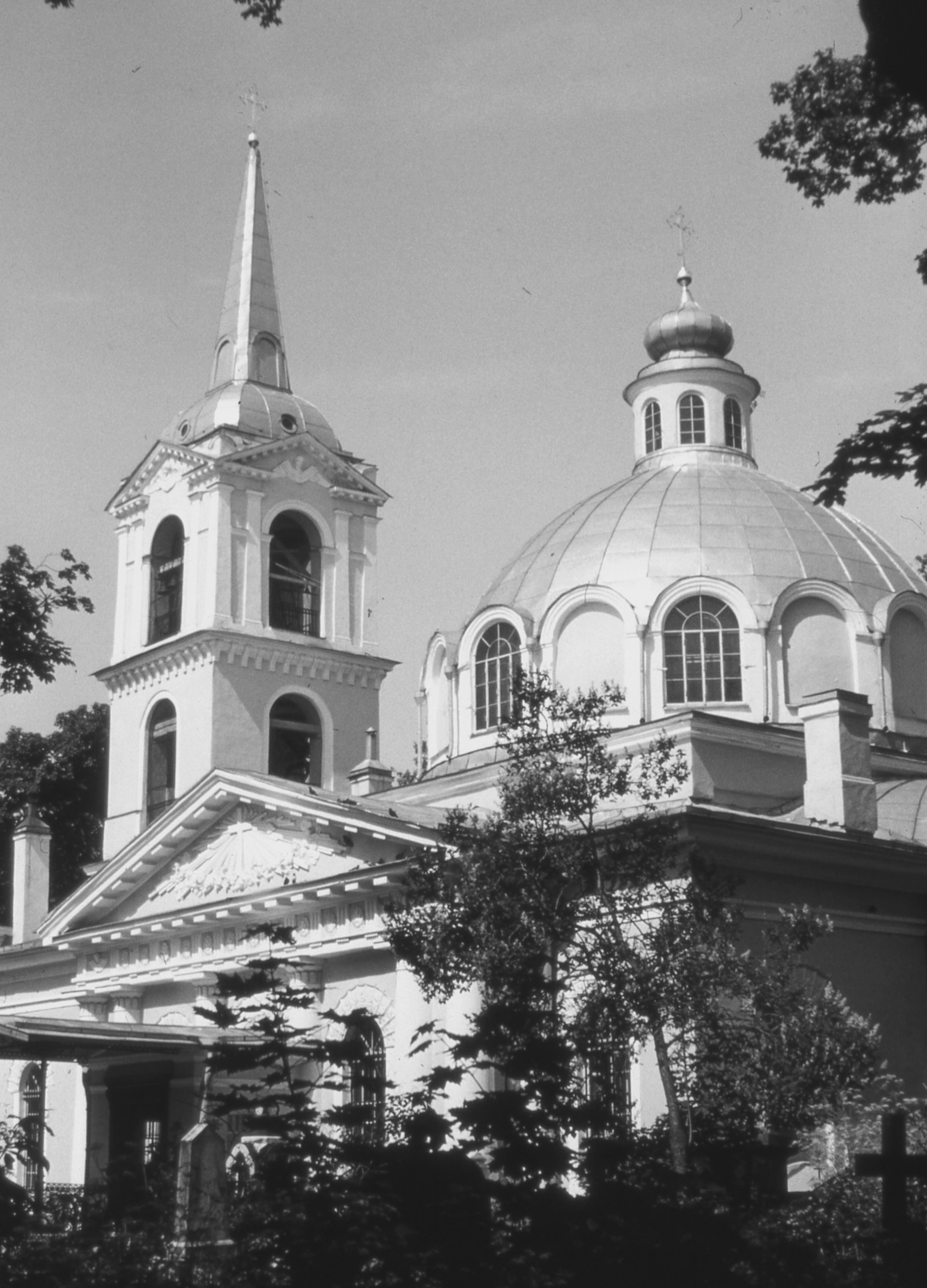 Смоленско-кладбищенская церковь