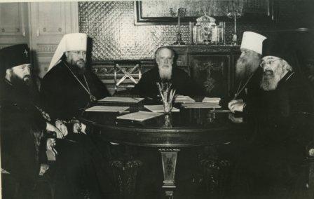 Архиепископ Никодим на заседании Священного Синода
